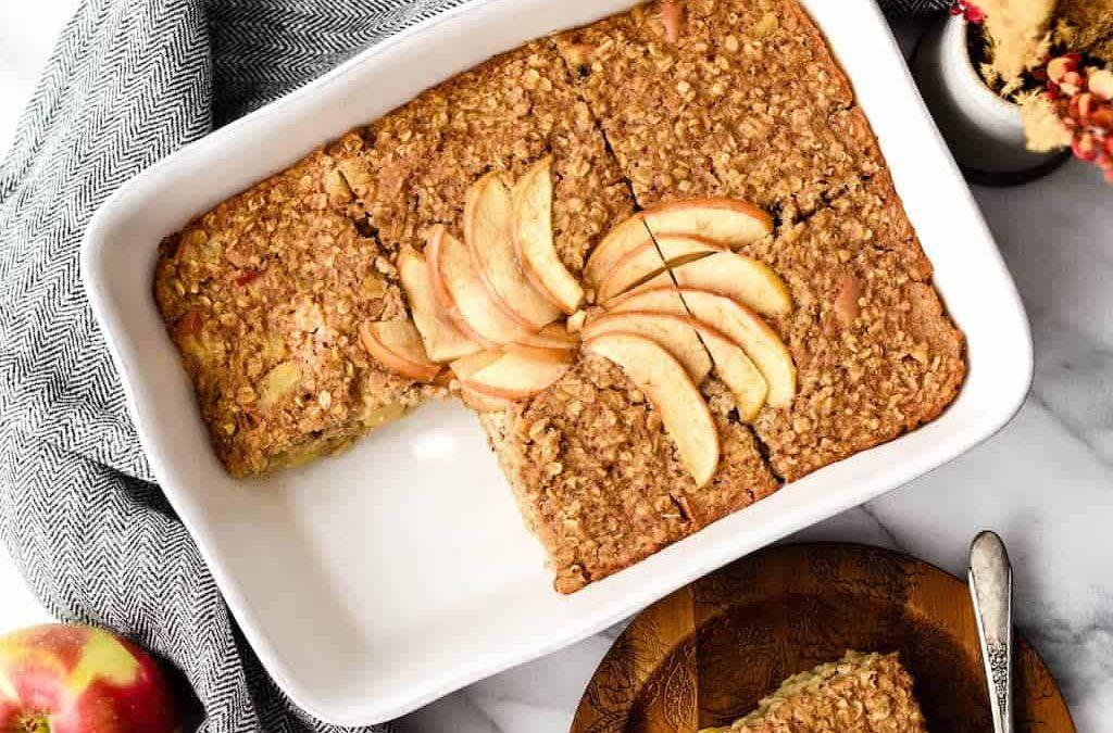 Hétvégi sütisütés gyerekekkel, almás-fahéjas zabszelet